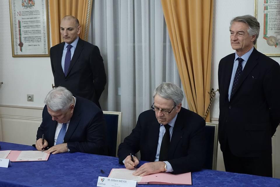 Signature d'une charte d'amitié et de coopération avec Shéki en Azerbaidjan (à Colmar)