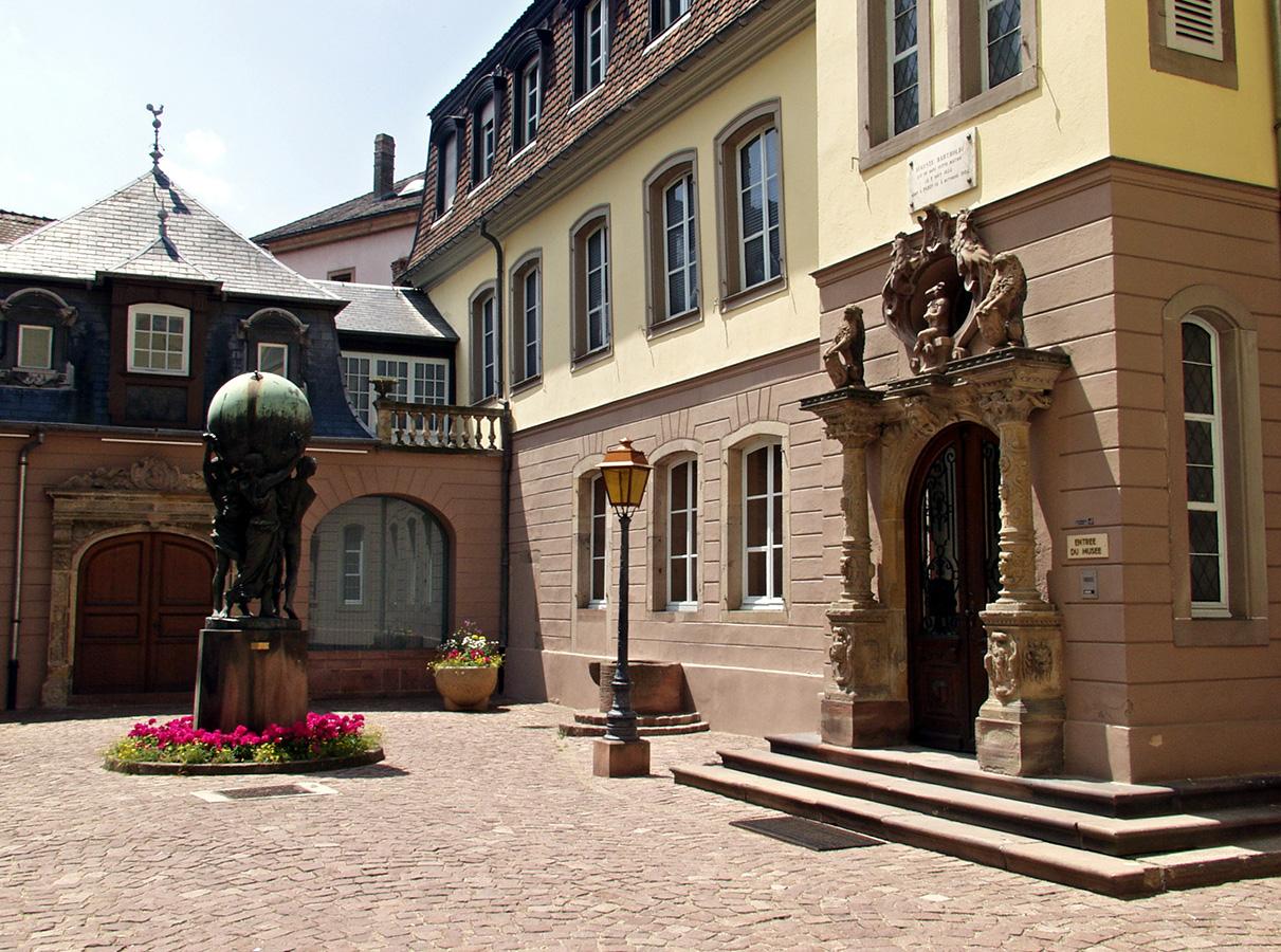 Vue de la cour du musée Bartholdi à Colmar