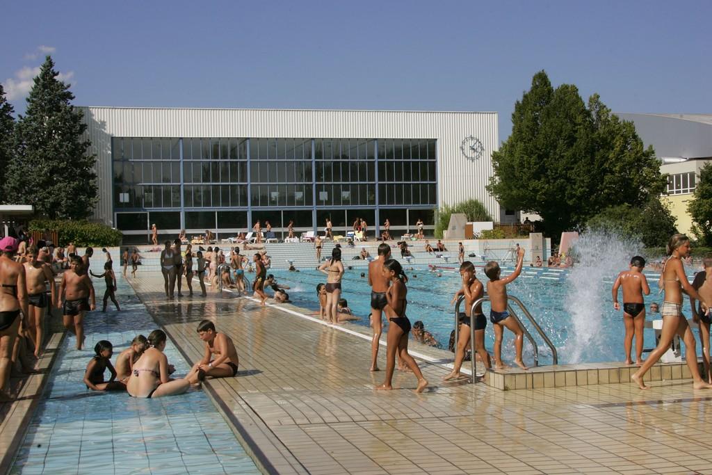 Le stade nautique piscine les piscines de colmar - Piscine stade nautique caen ...