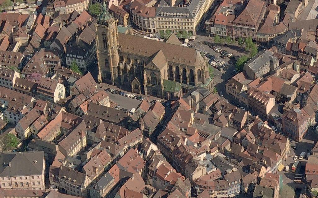 Vue aérienne de la place de la Cathédrale